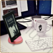 AURALUX pink e-book tartó kőrisfából